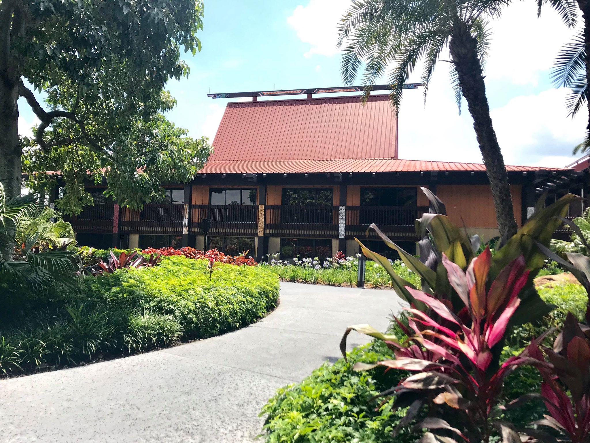 Disney Vacation Club   Entrance at the Polynesian Resort
