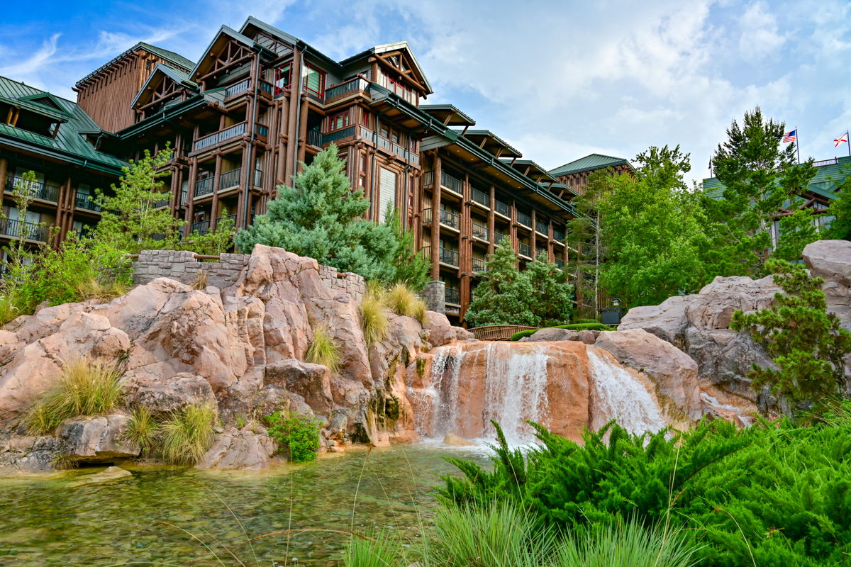 Sell Your DVC | Copper Creek Outside the