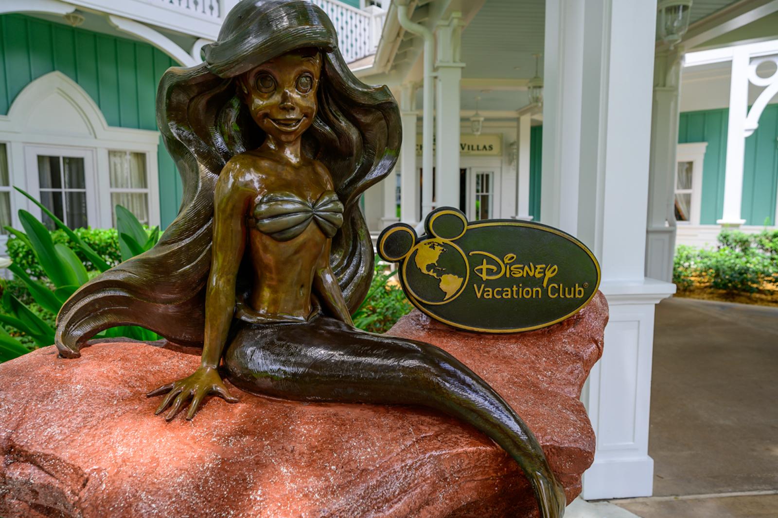 Beach Club Villas - Mermaid Statue