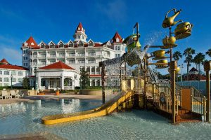 Grand Floridian Beach Pool | The Pool at Disney's Grand Floridian